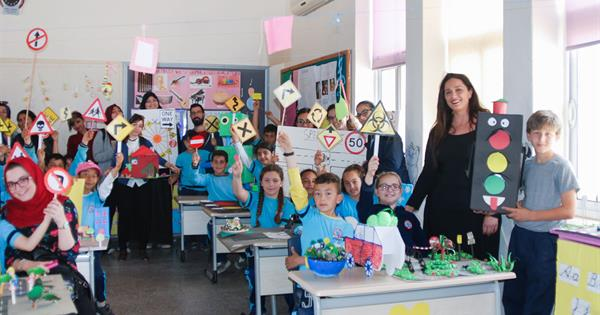 EMU Donates English Traffic Safety Themed Projects to Yeni Erenkoy Primary School